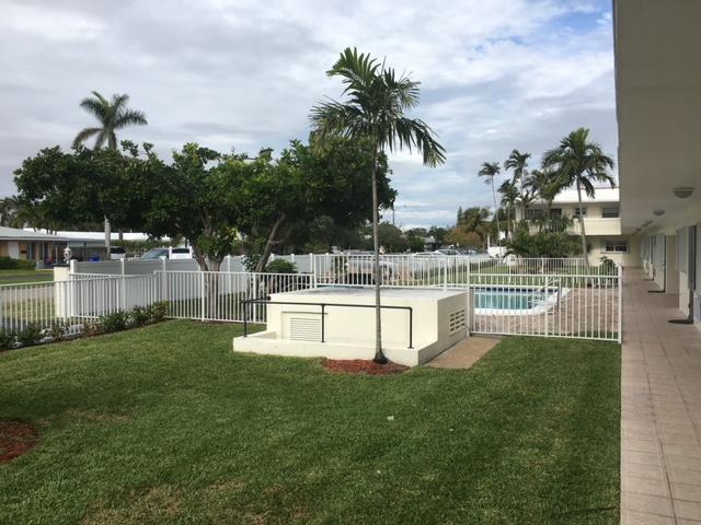 Las Vegas PVC Fence Installation Company