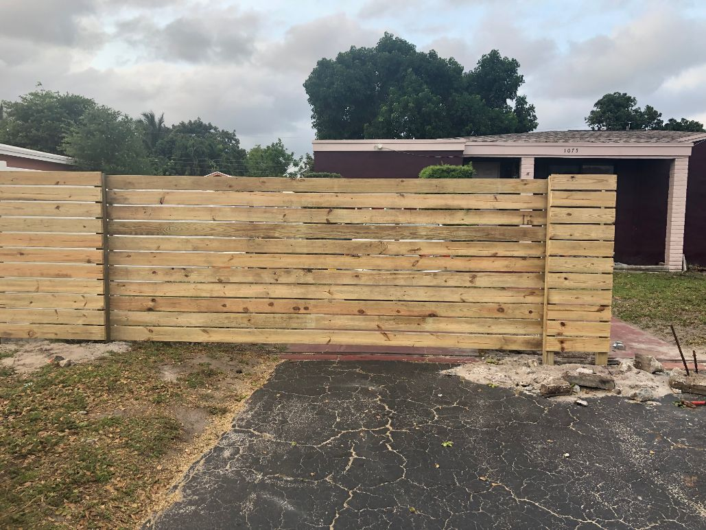 Las-Vegas-high-quality-fencing-contractor